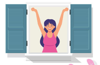 Картинка с розовым текстом доброе утро просыпайся: девушка делает зарядку в спальне возле открытого окна с жалюзи.